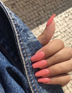 In search for some nail designs and ideas for your nails? Listed here is our list of must-try coffin acrylic nails for trendy women. Aycrlic Nails, Trim Nails, Hair And Nails, Coffin Nails, Glitter Nails, Stiletto Nails, Summer Acrylic Nails, Best Acrylic Nails, Summer Nails