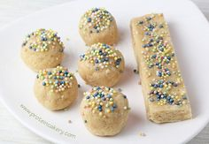 Cake Batter Protein Truffles with Jamie Eason Whey Protein Isolate - Andréa's Protein Cakery