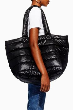 Accessorize with style with this puffer tote bag in black. My Bags, Purses And Bags, Expensive Handbags, Latest Bags, Handmade Handbags, Fabric Bags, Nylon Bag, Backpack Bags, Tote Bags
