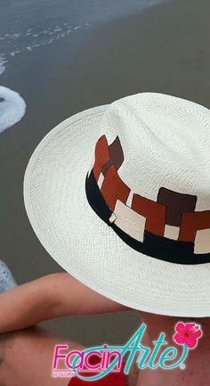 Los sombreros de Paja Toquilla son un patrimonio cultural de la humanidad.  FacinArte by Gloria 38c30f4e34f