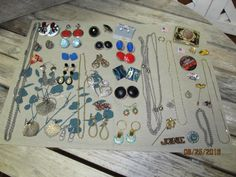 Vintage Assortment Lot Jewelry Necklaces Post & Clip on Screw back earrings…