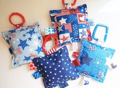 Baby ToysSet of 2 July 4th crinkle toys stars by Sassydoodlebaby, $8.99
