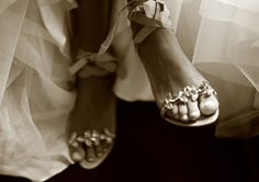 wedding sandals #Bohemian #Boho #Bohobride #weddingdress #bohoweddingdress #beachbride #countrywedding #vintagewedding