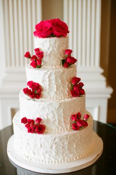 Red rose covered cake: http://www.stylemepretty.com/new-jersey-weddings/2014/03/21/traditional-wedding-at-the-park-savoy-estate/ | Photography: Carmen Santorelli - http://carmensantorellistudio.com/