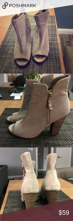 Guess Peep Toe Booties Guess Brand size 10m wore twice, like new! Guess Shoes Ankle Boots & Booties