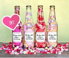 Diy Gifts For Friends Valentines Day Candy 69 Ideas Kinder Valentines, Friends Valentines Day, Cute Valentines Day Gifts, Valentine Crafts, Handmade Valentine Gifts, Valentine Cupid, Lolly Jars, Diy Gifts For Friends, Bff Gifts