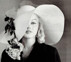 Marilyn Monroe by Carl Perutz, 1958.