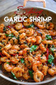 Lemon Garlic Butter Shrimp, Garlic Shrimp Pasta, Chinese Garlic Shrimp Recipe, Spicy Shrimp Sauce Recipe, Chili Garlic Shrimp Recipe, Shrimp Stir Fry, Garlic Noodles, Spicy Recipes, Recipes