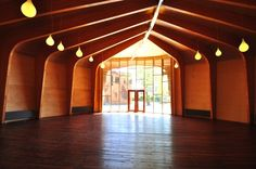 Marecollege: Beautiful Waldorf School Built with Natural Mater...