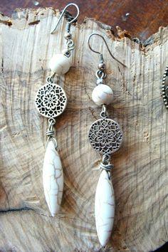 Σκουλαρικι boho με λευκους χαολιτες 8€  fotinimamali@yahoo.gr fotohandjewels.blogspot.com Drop Earrings, Personalized Items, Boho, Jewelry, Jewlery, Jewerly, Schmuck, Drop Earring, Bohemian