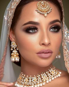 Terrific Free of Charge Bridal Makeup silver Strategies Bridal makeup may seem very interesting with each girl offers a goal to offer the greatest wedding p Asian Bridal Makeup, Pakistani Bridal Makeup, Indian Wedding Makeup, Bridal Hair And Makeup, Bride Makeup, Wedding Hair And Makeup, Hair Makeup, Eye Makeup, Indian Makeup Looks