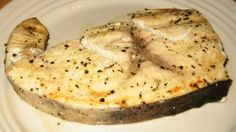 ideal protein recipes phase 1 dinner Mediterranean Swordfish (Great for all phases) Serves 2 ~ 1 lb raw swordfish Marinade 2 tsp olive oil 2 Tbsp lemon juice 1 Tbsp wa Low Carb Recipes, New Recipes, Crockpot Dressing, Protein Foods, Protein Recipes, Diet Foods, Diet Center, Beef Strips, Ideal Protein