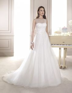 The FashionBrides is the largest online directory dedicated to bridal designers and wedding gowns. Find the gown you always dreamed for a fairy tale wedding. Wedding Dresses Perth, Stunning Wedding Dresses, Modest Wedding Dresses, Wedding Party Dresses, Bridal Dresses, Gown Wedding, Dream Wedding, Dress Robes, Wedding Styles