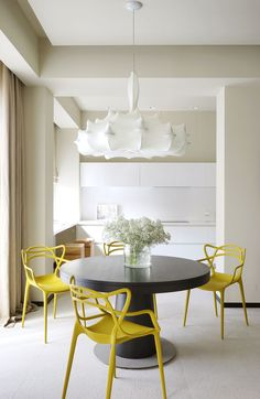 Sunny modern apartment in Moscow by Berphin Interior | PUFIK. Beautiful Interiors. Online Magazine