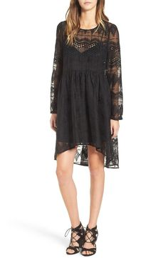 In love with this gorgeous lace shift dress that is suitable for day-to-night wear and adds a bit of romance to any look.