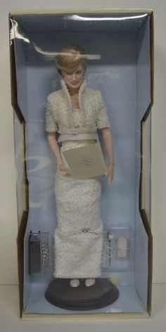 Porcelain Doll: Franklin Mint Diana Princess of Wales Porcelain Portrait Doll 1998 Original >>> To view further for this item, visit the image link. Princess Of Wales, Princess Diana, Franklin Mint, Porcelain Doll, Dolls, The Originals, Portrait, Image Link, Fashion