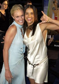 Kate Bosworth and Michelle Rodriguez at Blue Crush Old skool fav Hottest Female Celebrities, Beautiful Celebrities, Beautiful Actresses, Beautiful Women, Hollywood Fashion, Hollywood Actresses, Michel Rodriguez, Dom And Letty, Robin Wright