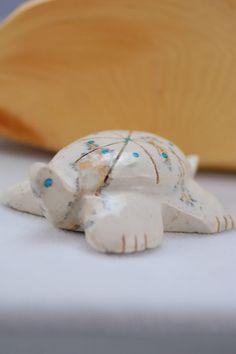 Zuni Turtle Fetish | Hand Carved Turtile Fetish | Zuni Fetishes