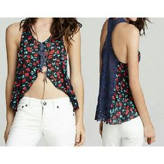 Free People Top Izzy Floral Tank Sz M Pre-owned; no flaws found Material: 100% Polyester Color: Multi color Specifics: Floral, Hi Lo Top Inventory   P5T # 807 Across Chest: 21.5 in. Across Waist: 27.75 in. Length: 24 in. Free People Tops Tank Tops