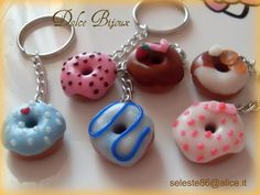 Un Dolce Bijoux: Portachiavi con ciambelle (Donuts) assortite in fimo cernit