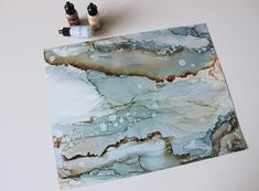 Original abstract alcohol ink art painted on yupo paper. -Size: 11x14 -Protected with multiple layers of kamar varnish and UV-resistant -This item does not include a frame or mat. **Please note that due to different monitors/screen lighting, colors may appear slightly different in