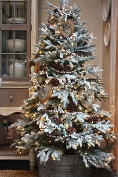 big christmas tree 12 amazing Christmas trees (Balsam Hill) and a big giveaway! Balsam Hill Christmas Tree, Country Christmas Trees, Flocked Christmas Trees, Woodland Christmas, Christmas Tree Themes, Noel Christmas, Rustic Christmas, White Christmas, Christmas Ideas