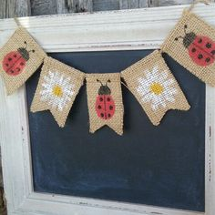 Welcome summer with sweet lady bugs and daisies. This reversible mini banner has 3 looks in 1.