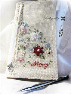 """""""Mary naplója"""" Könyvborító szalaghímzéssel"""