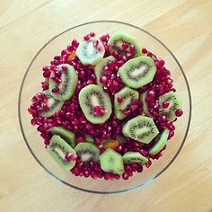 ohhhh jolly delicious mix of pomegranate kiwi
