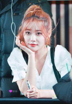 Seolhyun, Jimin, Disney Characters, Fictional Characters, Disney Princess, Hair Styles, Beautiful, Kpop, Cream