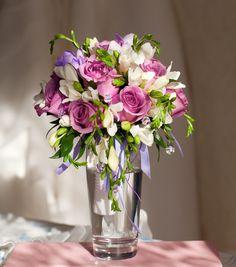 elegant wedding centerpiece