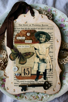 Seaside Chipboard Tag by Sugar Lump Studios, via Flickr