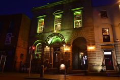 Mullan Lighting created a series of decorative lighting pieces for Merchants Arch Dublin #projects #interiors #lighting