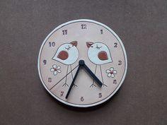 Keramické+hodiny+do+každé+rodiny!+nástěnné+kulaté+keramické+hodiny+o+průměru+18+cm+s+klasickým+hodinovým+strojkem+na+1+tužkovou+baterii