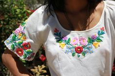 Vintage Hungarian Hand Embroidered Peasant Blouse 50s 60s