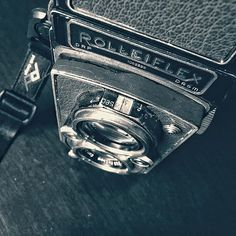 Running @ilfordphoto #delta100 in the #rolleiflex 3.5 today. It has been awhile. #film #filmsnotdead #mediumformat