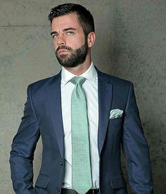 He is my Dream man. Men's Business Outfits, Business Fashion, Mens Fashion Suits, Mens Suits, Different Beard Styles, Smart Outfit, Herren Outfit, Dapper Gentleman, Dress For Success
