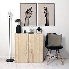 New posters in store now✍ #hands #poftArt #posters #artprints #art #wallart #wallcandy #newin #whiteinterior #whiteliving #nordichome #nordicinterior #scandinavian #scandinavianinterior #postersonline #unique
