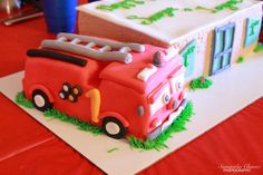 Day 25 - 1/25/2014 | My 365 Day Photo Challenge Firetruck themed birthday cake for my boys 1st birthday party!   #PDSCplay