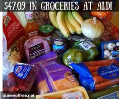 Easy, healthy ALDI meal plan to feed a family of four 7 dinners for less than 50 dollars! Cheap Meals For 2, Meals For The Week, Inexpensive Meals, Budget Meal Planning, Summer Meal Planning, Cooking For A Crowd, Cooking On A Budget, Cooking Ideas, Frugal Meals