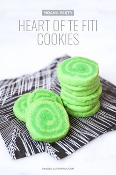 Moana Party Treats Ideas including these adorable Heart of Te Fiti cookie recipe along with the recipe for delicious Kakamora Treat Bars.
