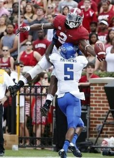 best football catch ive ever seen in person. and i was legit 10 yards away from this