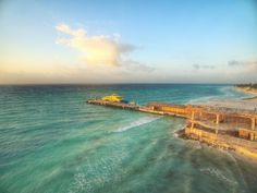 Há para todos os gostos, por isso Playa del Carmen é um dos points mais procurados em toda Riviera Maya, especialmente para quem está em busca de fazer novas amizades e conhecer pessoas de outras partes do mundo. É impossível não se encantar com a Riviera Maya. A sensação é de um lugar que se preocupa em receber bem cada visitante, sempre oferecendo uma opção adequada, sob medida.
