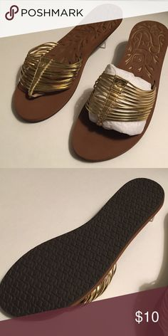 Reef Sandals Reef, brown and gold sandals, excellent condition. Reef Shoes Sandals