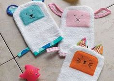 Super cute bath mitt sewing pattern for kids. It's free too.