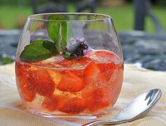What a Way to Make a Jelly - Use Pimms for Summer in a Glass
