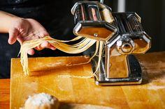 A tökéletes gyúrt tészta receptje Pasta Recipes, Pasta