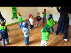 Jugando con Globos - YouTube Freetime Activities, Music Education, Montessori, Musicals, Youtube, Videos, Day Care Activities, Kids Songs, Music Ed