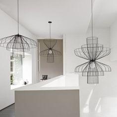 Lampada a sospensione / moderna / indoor / in acciaio - PARACHUTE by Nathan Yong - Ligne Roset Ligne Roset, Pendant Lamp, Pendant Lighting, Blitz Design, Deco Luminaire, Suspended Lighting, Suspension Design, Decoration Design, Light Shades