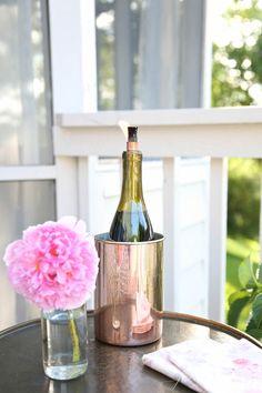 DIY Wine Bottle Tiki